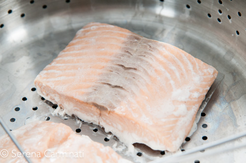 Step 1. Steam the salmon for a few minutes.