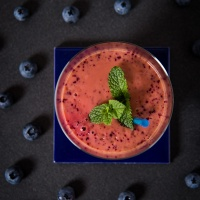 Quick And Easy : Nectarine And Blueberry Smoothie