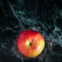 Food Photography : Apple On Black Marble